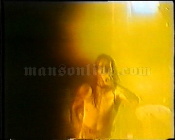 1996-12-12 London, UK - The Forum Screenshot 3