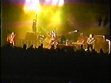 1995-11-19 Minneapolis, MN - First Avenue Screenshot 4