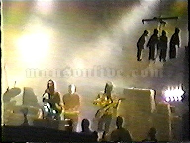 1995-11-19 Minneapolis, MN - First Avenue Screenshot 5