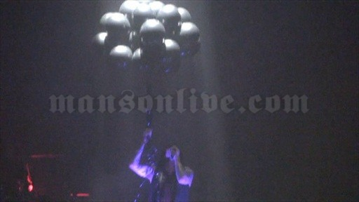 2009-12-10 London, UK - Brixton Academy Screenshot 7