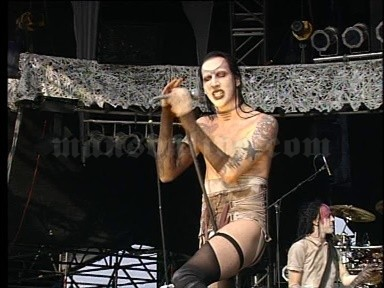1997-08-16 Cologne, Germany - Butzweiler Hof (Bizarre Festival) Screenshot 2