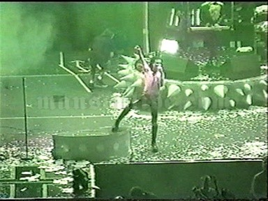 1999-04-27 Minneapolis, MN - Target Center Screenshot 10