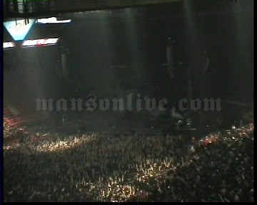 2003-11-28 Paris, France - Palais Omnisports De Paris Bercy Screenshot 1