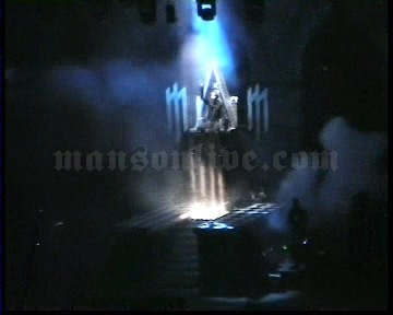2003-11-28 Paris, France - Palais Omnisports De Paris Bercy Screenshot 2