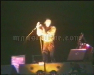 1997-08-24 Reading, UK - Richfield Avenue (Reading Festival) Screenshot 2
