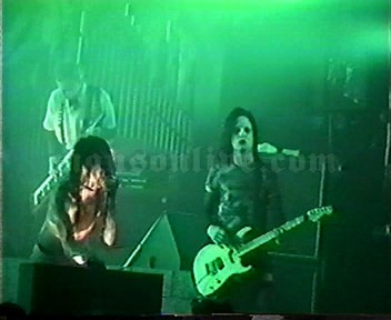 1997-01-22 San Francisco, CA - The Warfield Screenshot 5